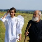 «Старец Паисий и я, стоящий вверх ногами»