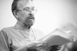 О.Сергий Круглов читает стихи