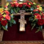 Радуйся, Животворящий Кресте…